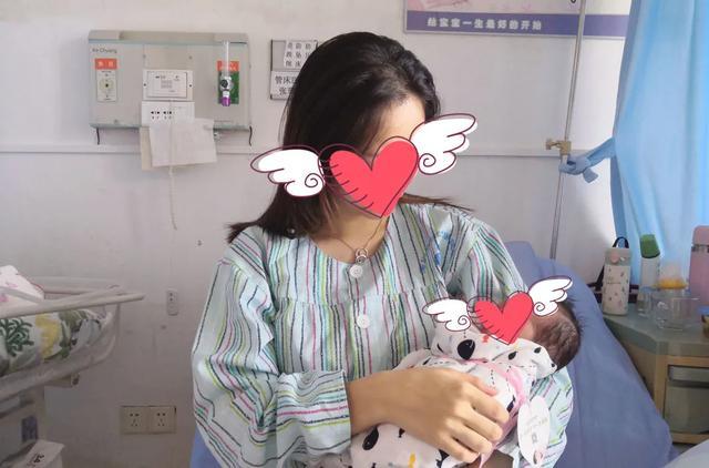 险!深圳二胎孕妈把娃生在了路上……