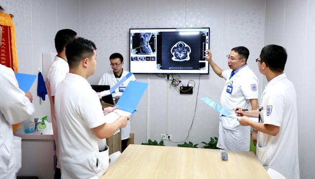 骨科中心内涵式发展的执着与追求