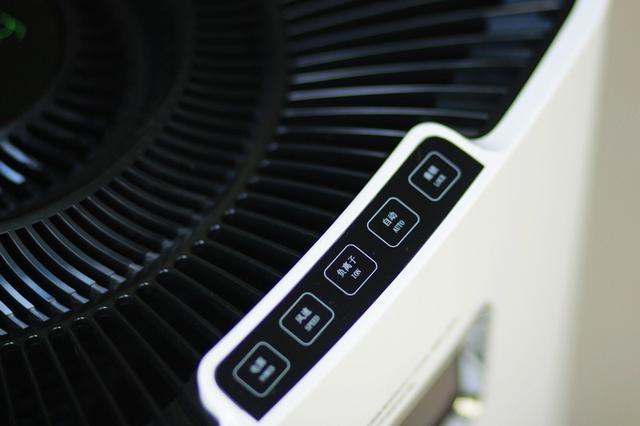 三管齐下 清蜓长效除甲醛空气净化器-猛士+锰炭包+自测盒