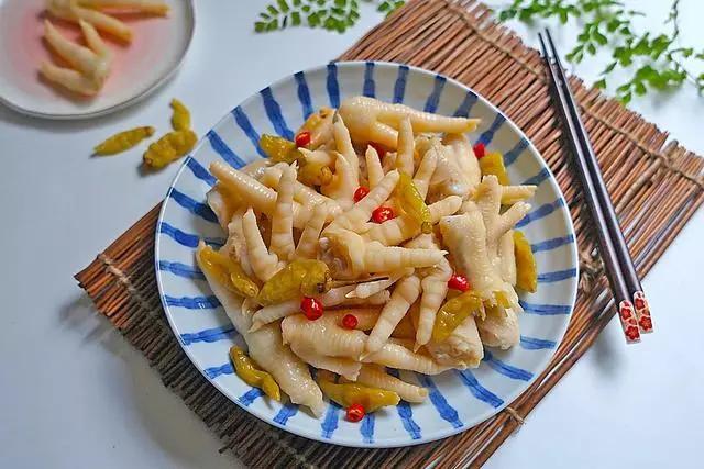 吃货福利:自制泡椒鸡爪简单又好吃