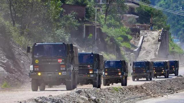 印军山地战部队已拉响最高警报 印军部队向班公湖开进