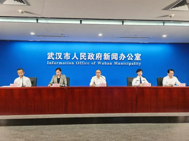 武汉市开学后 学生校内可不戴口罩
