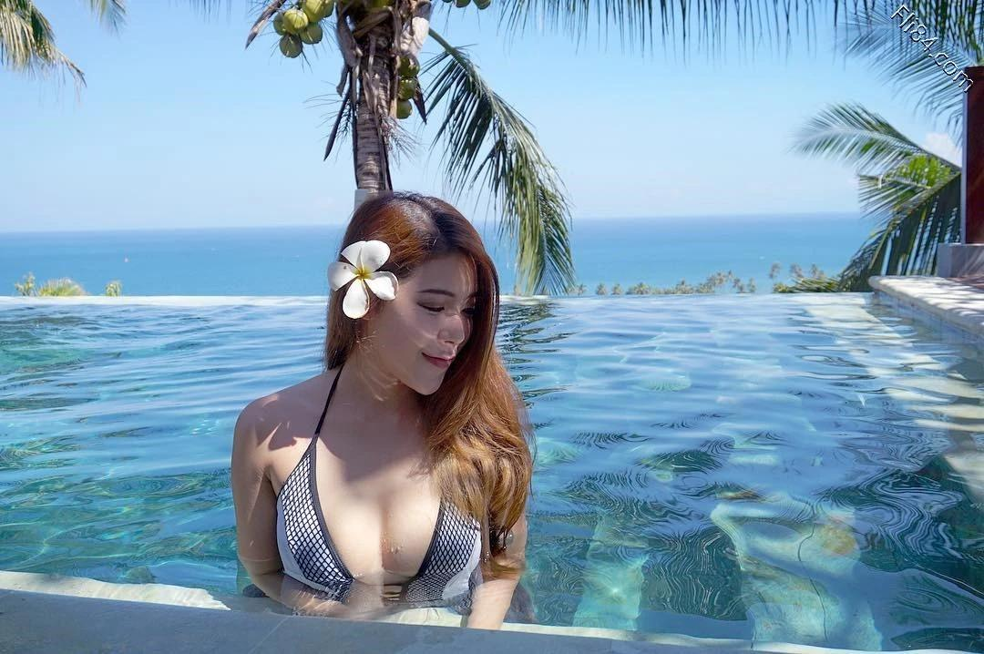 马来西亚的网红娜娜 Hannah 回头率100%的超胸妹子