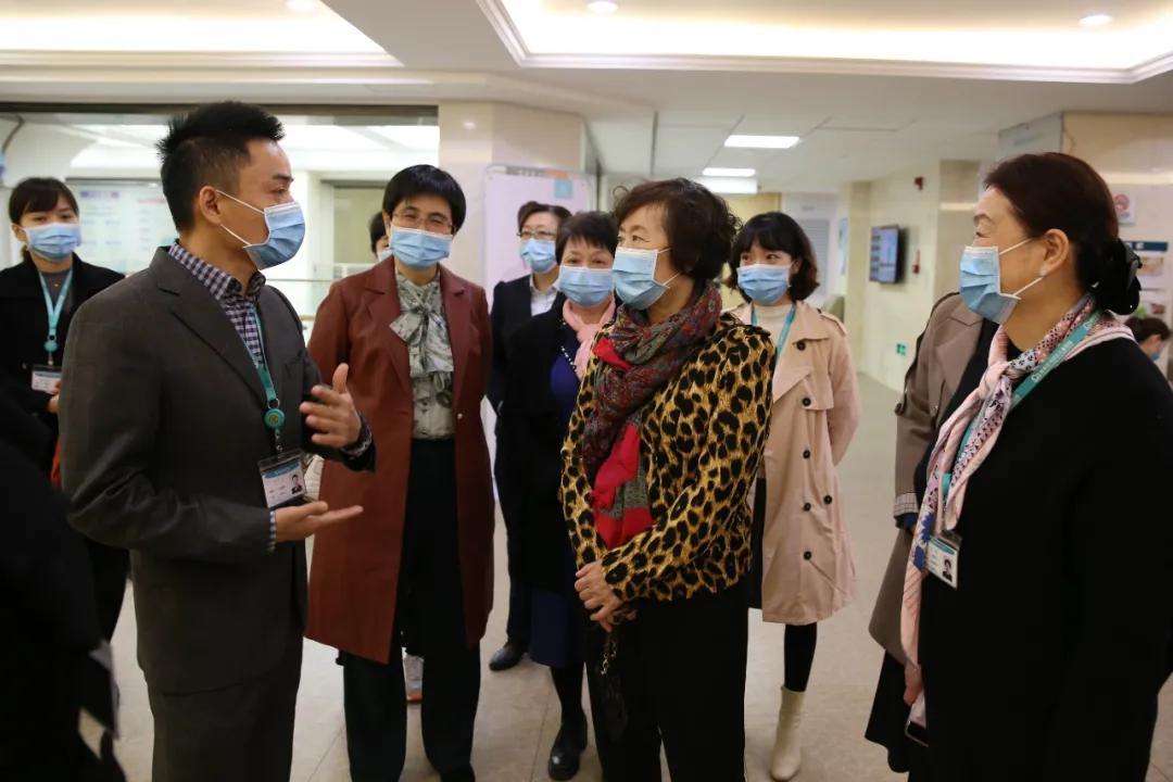国家卫健委医管所护理中心主任么莉到海南现代妇女儿童医院指导,盛赞「医疗有温度」