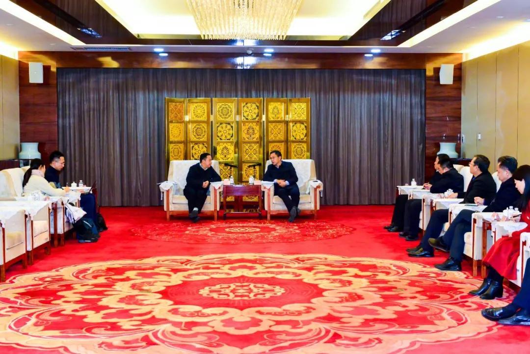 熊燕斌与国家会展中心党委副书记时煌军座谈