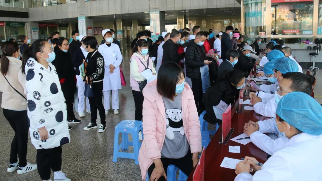 精准扶贫送健康——记宝山区第三批援滇医疗队赴宣威义诊