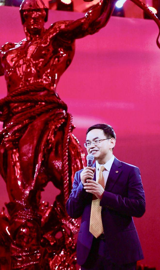 中国平安董事会秘书兼品牌总监盛瑞生