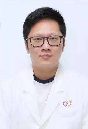 江门市妇幼保健院叶鑫:和死神抢时间的人
