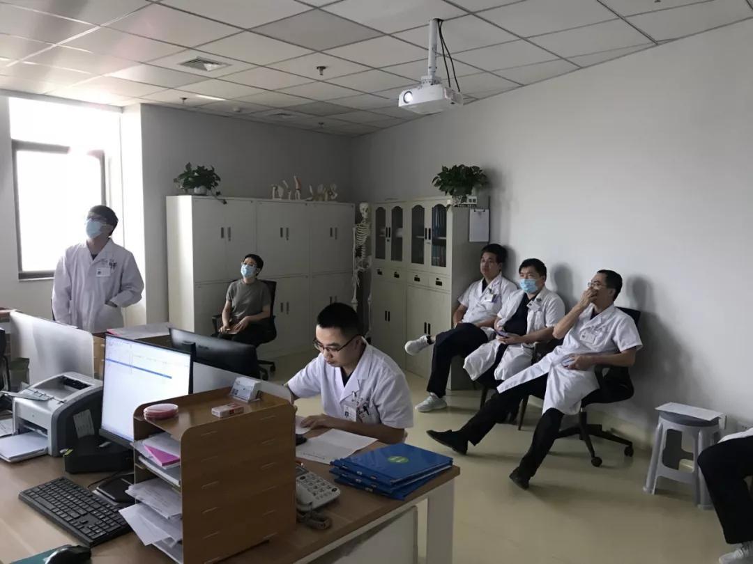 福建国药东南医院检验科携手骨科加强交流 促进合作