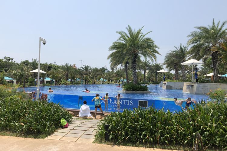 瑞地格乐:亚克力透明无边游泳池-三亚亚特兰蒂斯酒店案例