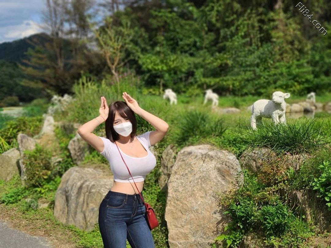 """海边""""极品美女""""Velvet 벨벳丰满事业线画面太凶猛 宅猫猫 热图7"""