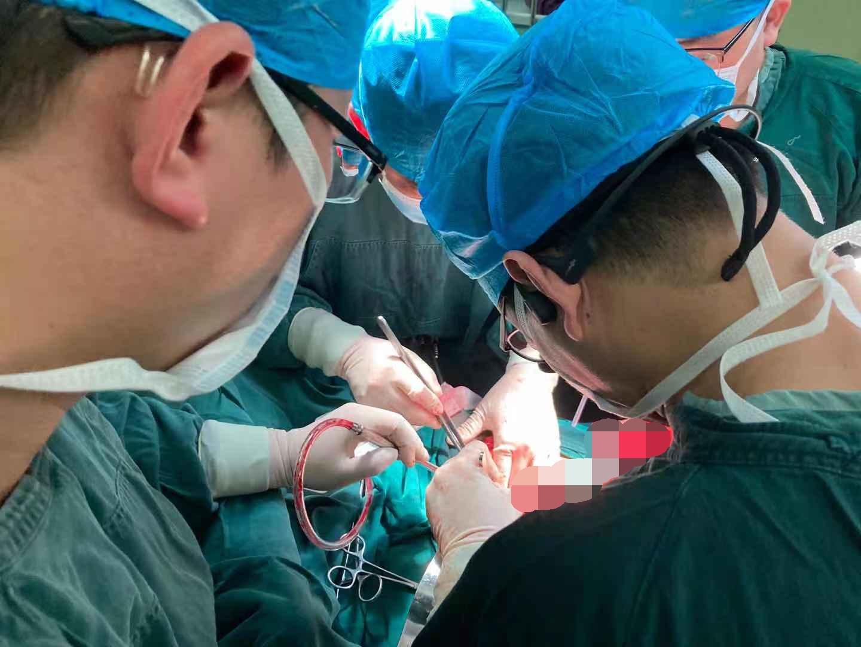 河南信合医院成功施行首例胰十二指肠切除术